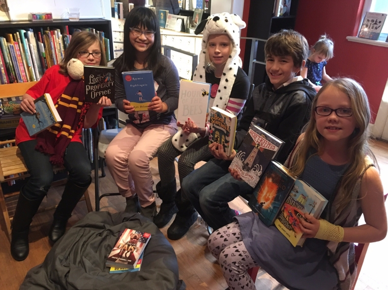 8-10 year old BookWorms show off their favorite reads of 2016